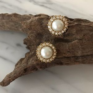 Vintage Trifari Gold Tone & Faux Pearl Earrings